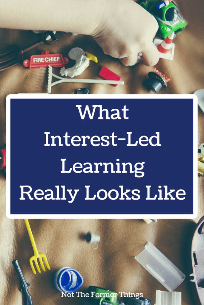 What Interest-Led Learning Really Looks Like #homeschool #interestled #handsonlearning #homeschoolmom