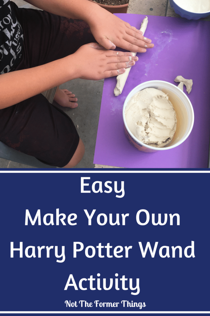 Easy Make Your Own Harry Potter Wand Activity #harrypotter #wand #handson #kidsactivities